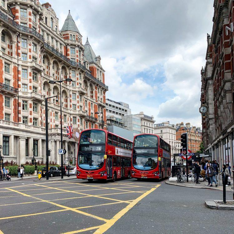 Fünf Fragen am Fünften Juli 2019 London